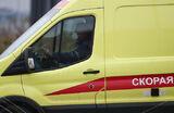 В Омске скорые привезли больных коронавирусом к зданию Минздрава