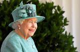 Нотки можжевельника и китайской хурмы: Елизавета II запустила производство собственного джина