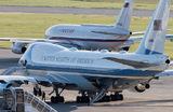 Самолет президента США Boeing-747 и самолет президента России Ил-96 в аэропорту Женевы «Куантран».