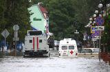 Свыше 200 домов подтоплены в Керчи в результате сильных ливней.