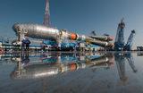 Вывоз и установка на стартовый стол ракеты-носителя «Союз-2.1б» на космодроме «Восточный».  Запуск запланирован на 1 июля 2021 года.