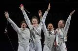 Российские рапиристки выиграли золото в командном турнире на Олимпийских играх в Токио. Слева направо: Инна Дериглазова, Лариса Коробейникова, Аделина Загидуллина и Марта Мартьянова.
